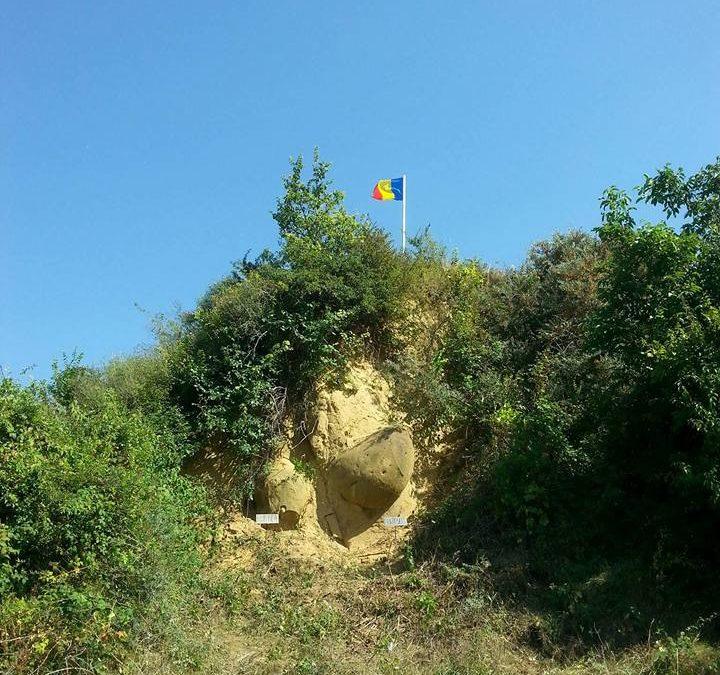 Rezervatia geologica DeaIul cu Trovanti